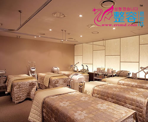 韩国高兰得整形外科激光美容治疗室