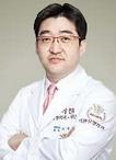 韩国丽珍整形医院专家李硕埈