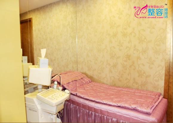 韩国美Q美容整形外科医院美容治疗室