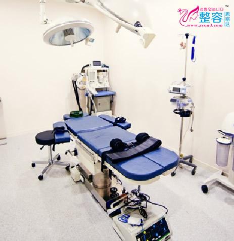 韩国A特整形中心手术室