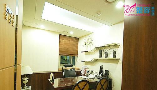 韩国ROOT毛发移植中心咨询室