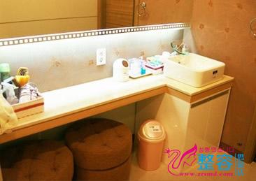 韩国丽优美皮肤科洗漱室